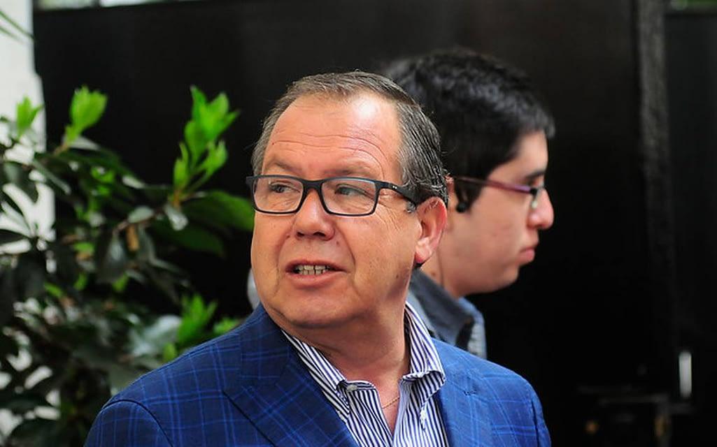 """Vicepresidente de la AChM se desmarca de Codina: """"Las elecciones se tienen que realizar"""""""