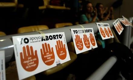 Manifestaciones a favor y en contra marcan discusión del proyecto de aborto en el TC