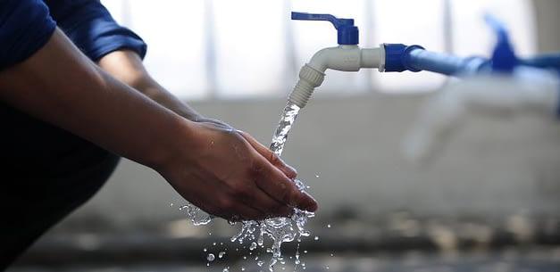 Alzas en las tarifas del agua: las consecuencias de un mercado desregulado