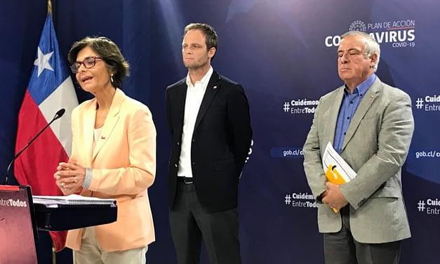 """""""Esto está recién comenzando"""": El primer reporte Minsal en cuarentena total en el Gran Santiago"""