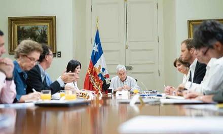 Presidente Piñera anuncia suspensión de clases y nuevas medidas para enfrentar COVID-19