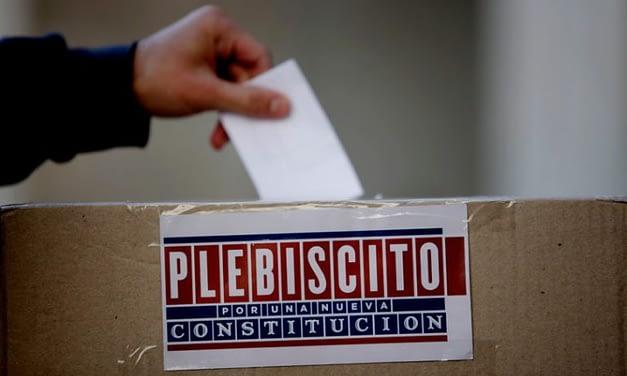 Parlamentarios acuerdan postergar plebiscito para el próximo 25 de octubre