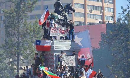 Agenda social no basta: Miles de personas marchan en primer día de paro general