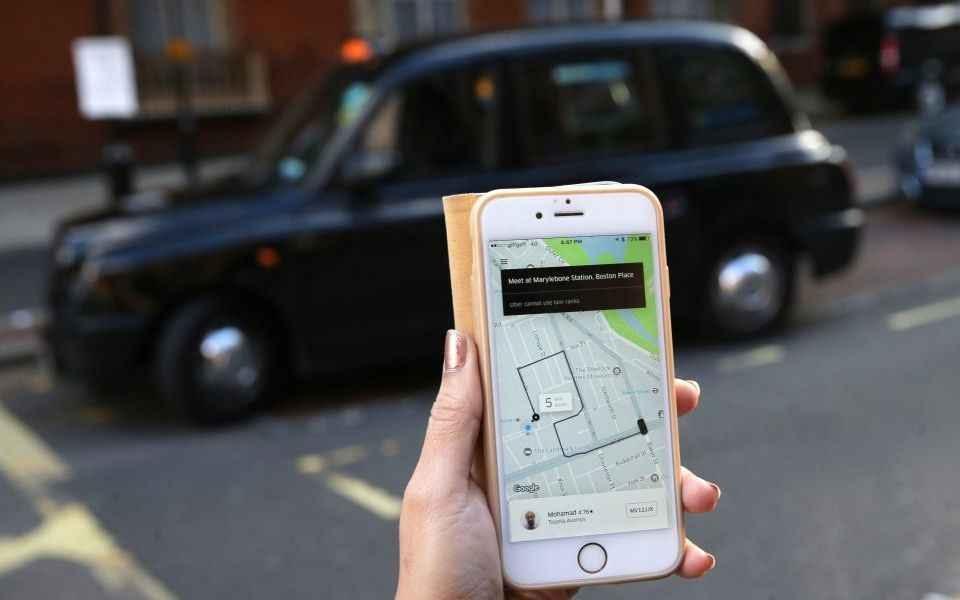 """Andrés Fielbaum: """"Los trabajadores de Uber están muy precarizados"""""""