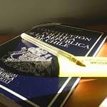"""Gobierno se abre a nueva Constitución pero """"evade"""" una asamblea constituyente"""