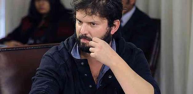 """Gabriel Boric: """"No se puede ningunear al pueblo"""""""
