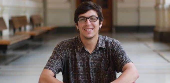 """Daniel Andrade, presidente de la FECH: """"Hay que reformular Carabineros de pies a cabeza"""""""