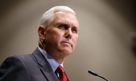 ¿Quién es y a qué viene a Chile Mike Pence, el Vicepresidente de Estados Unidos?