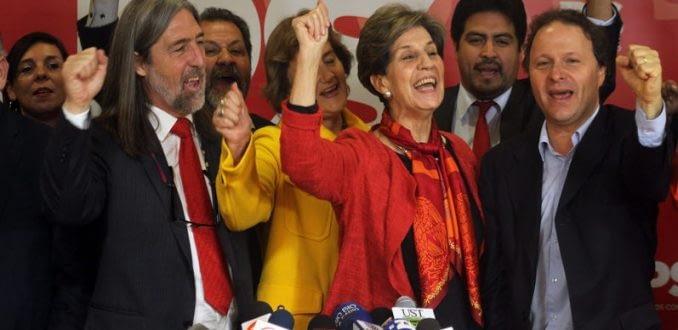 Despolitización y ausencia de proyecto: Las críticas al PS por abandonar el socialismo
