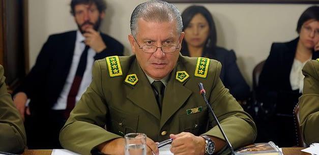 Cuestionamientos a Villalobos ponen en jaque su permanencia en el cargo
