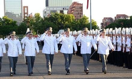 Contraloría detecta millonarios pagos irregulares en el Ejército