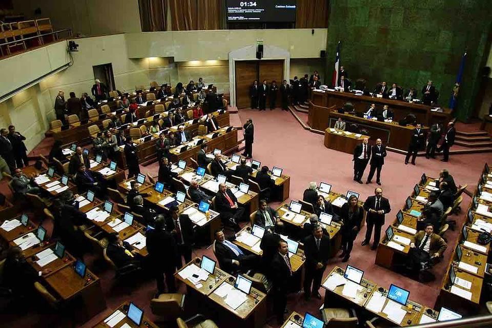 40 Horas: Diputados aprueban por 88 a votos a favor idea de legislar