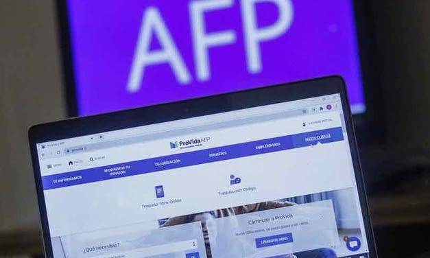 Apoyo es transversal: Comisión de Constitución aprueba en general segundo retiro de fondos de AFP