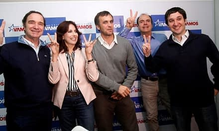 """Evópoli y el PRI: Las apuestas de los partidos """"chicos"""" tras las primarias"""
