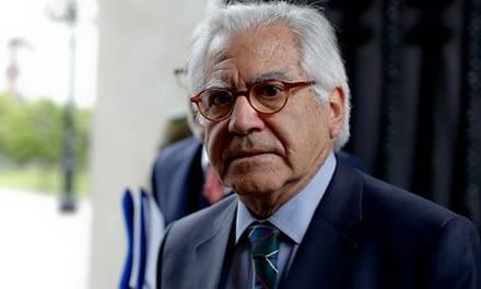 Aprueban interpelar a ministro Mario Fernández por retrasos en ley de migración