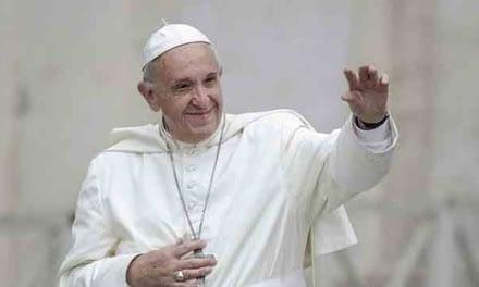 Papa Francisco realza valor de la migración en su último día en Chile