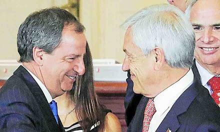 """Ministro Varela pide disculpas por sus dichos en alusión a """"bingos"""""""