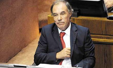 Defensa de Orpis solicita declaración de senadores para probar acuerdo político en Ley de Pesca