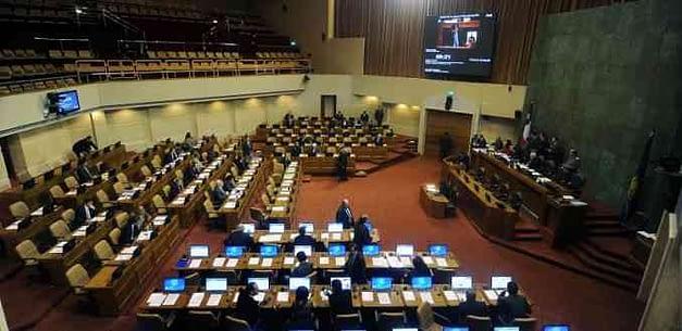 Chile Vamos o el Frente Amplio: la llave de la DC para zanjar la presidencia de la Cámara