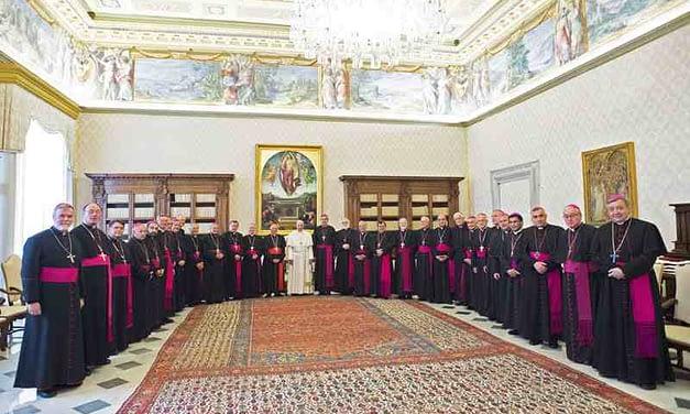 Renuncian todos los obispos de la Iglesia Católica chilena