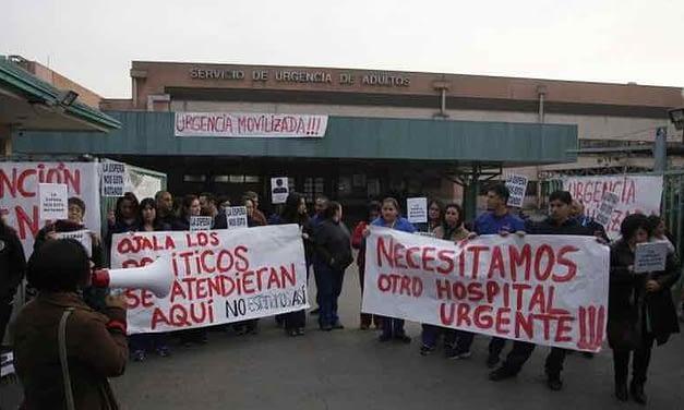 Funcionarios movilizados del hospital San José exigen presencia de Sebastián Piñera