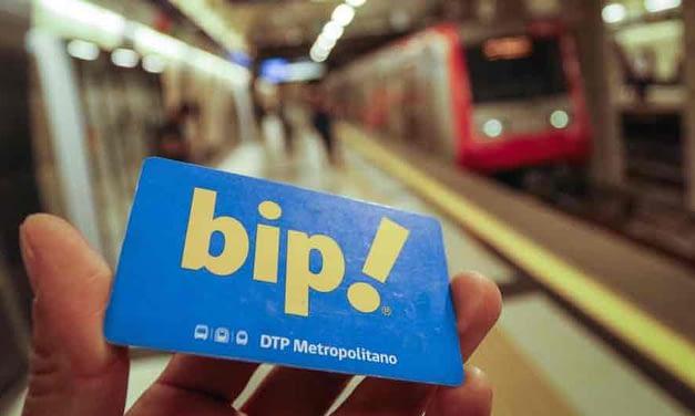 Diputados aprueban proyecto de ley que congela alza de pasajes de Metro