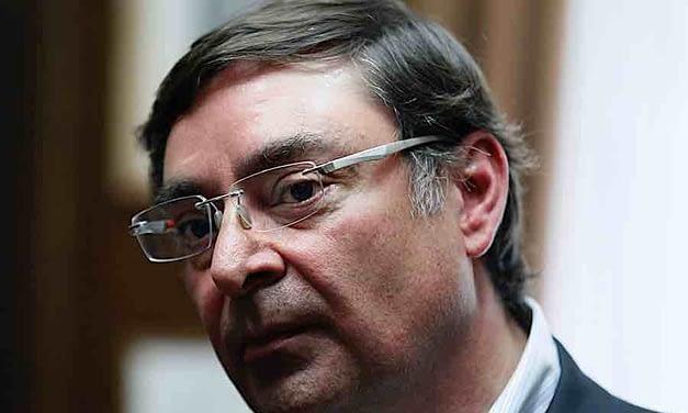 La compleja situación del intendente Felipe Guevara tras nuevos abusos policiales en Santiago