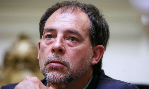 Senador Girardi pide que se incremente indemnización por colusión de farmacias