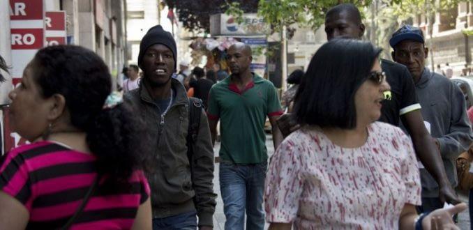 """Movimiento de Acción Migrante rechaza visa limitada a haitianos: """"No solucionaría nada"""""""