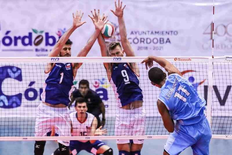 Chile consigue primera victoria en Panamericano de Voleibol
