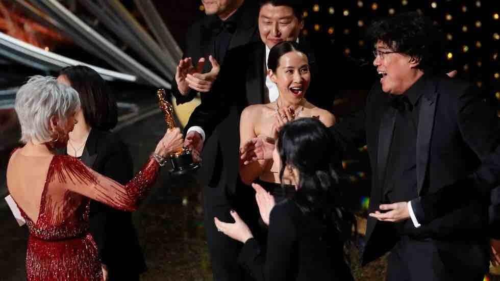 La surcoreana Parásitos hace historia en los Oscar