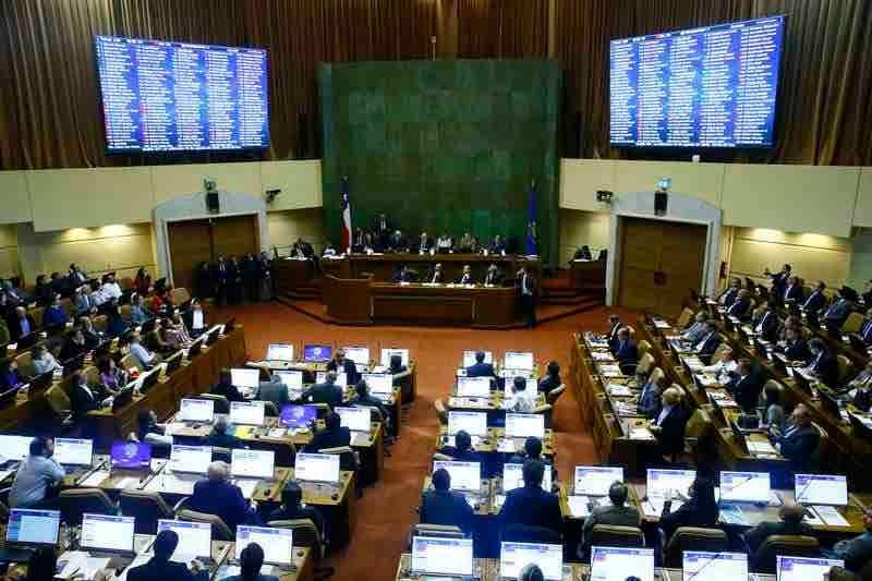 Cámara aprueba nueva fecha para el plebiscito por nueva Constitución